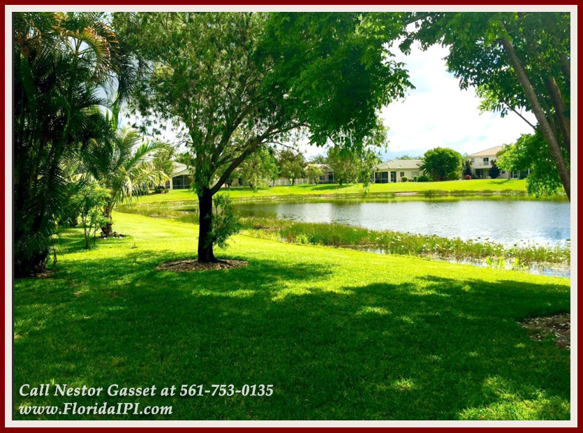 The Isles at Wellington Lakefront Home For Rent - 4122 Bluff Harbor Way Wellington FL 33449 - Yard