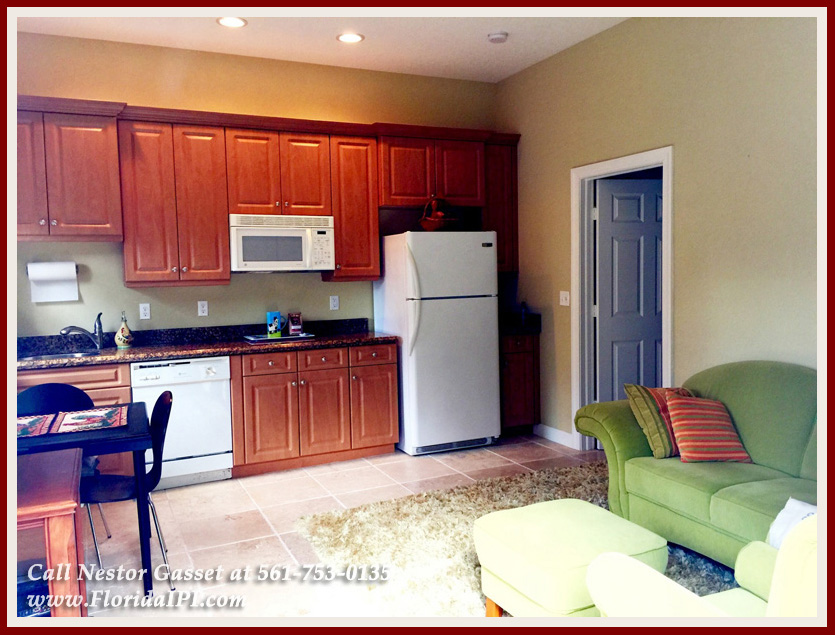Equestrian Homes For Sale in Fox Trail Loxahatchee FL - 1154 -1092 Clydesdale Drive Loxahatchee FL 33470 - Guesthouse With Two 1 Bedroom Apartments