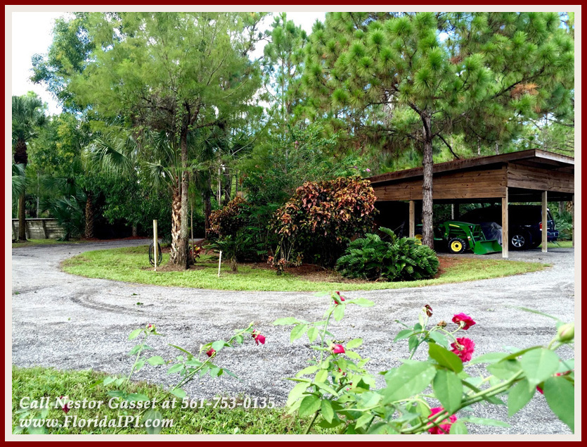 Equestrian Homes For Sale in Fox Trail Loxahatchee FL - 1154 -1092 Clydesdale Drive Loxahatchee FL 33470 - 220V Hook Up For Trailer & Storage Shed