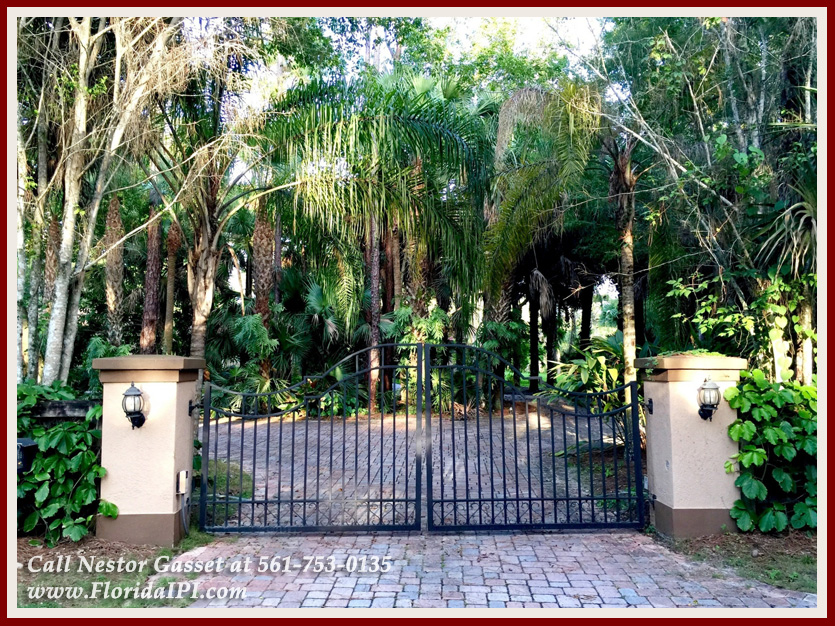 Equestrian Homes For Sale in Fox Trail Loxahatchee FL - 1154 -1092 Clydesdale Drive Loxahatchee FL 33470 - Gated Entry