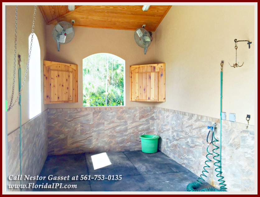 Equestrian Homes For Sale in Fox Trail Loxahatchee FL - 1154 -1092 Clydesdale Drive Loxahatchee FL 33470 - Wash and Groom Stall
