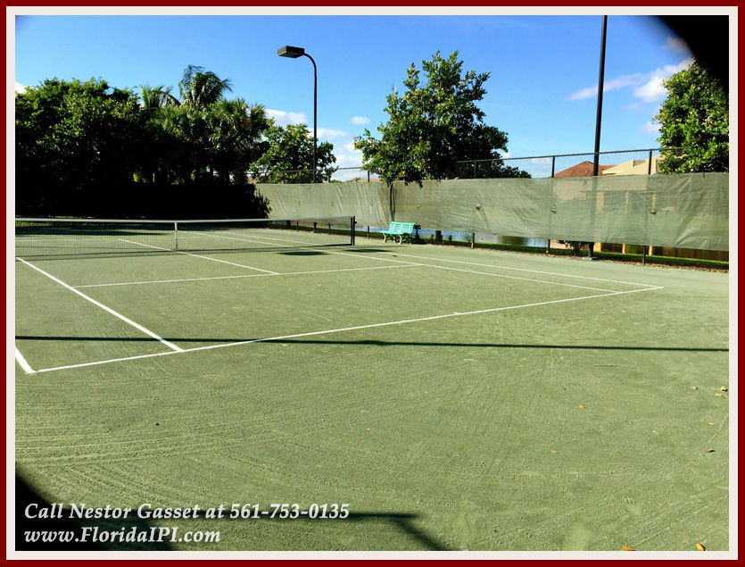 10392 Trianon Pl Wellington FL 33449 - Community Tennis Courts - Versailles Wellington FL Home For Sale - Florida IPI International Properties and Investments
