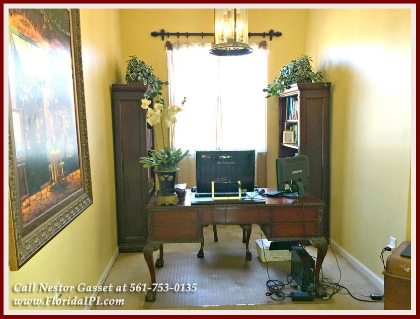 Homes For sale Olympia Wellington Fl 33414 - This space would make a great reading nook in the master bedroom of this home for sale in Olympia in Wellington FL.