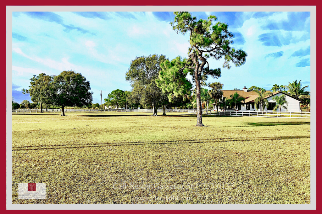 Equestrian Properties for Sale in Loxahatchee FL - This horse farm near Wellington offers the privacy, serenity, and space you and your horses need.